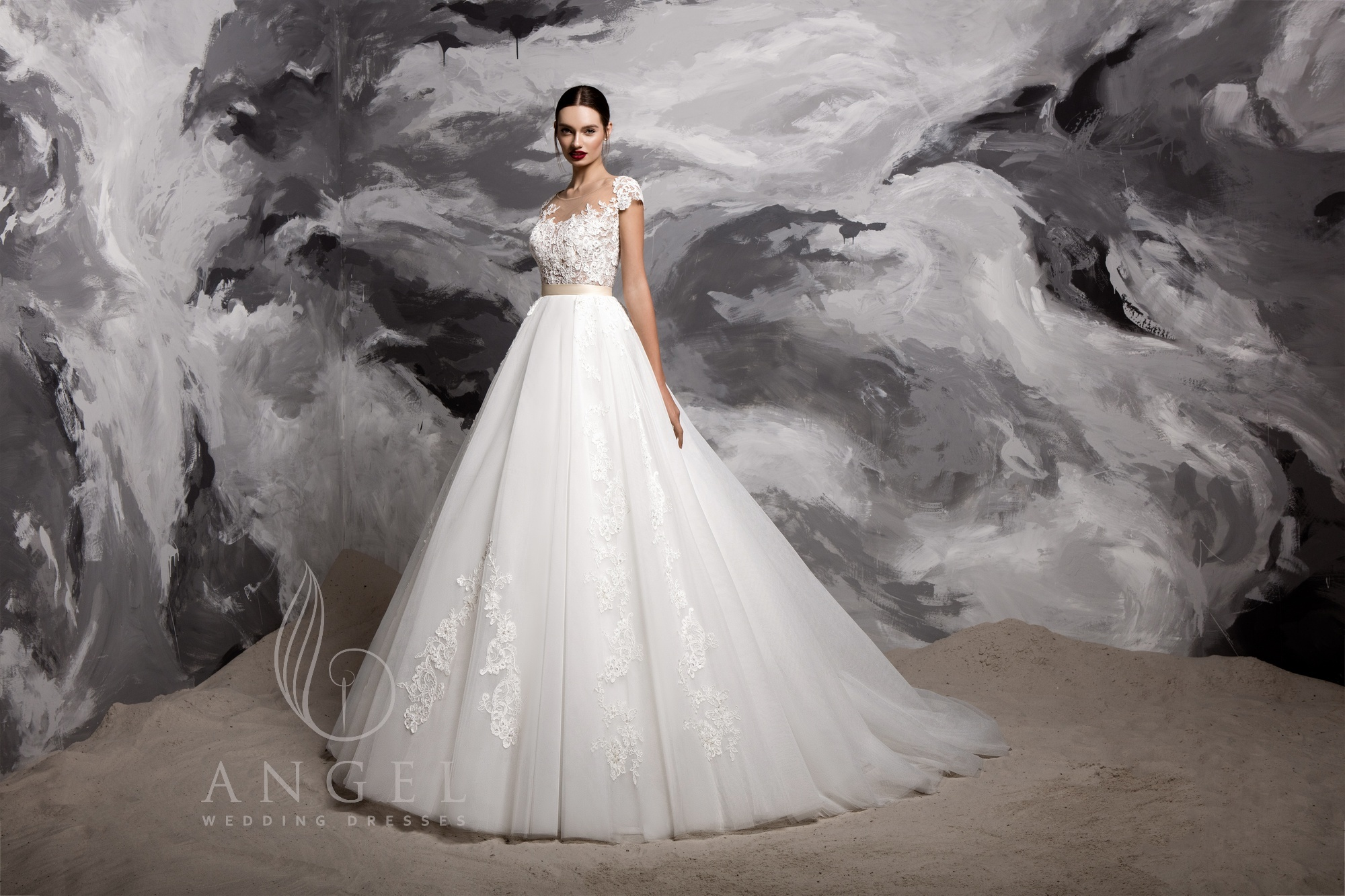 https://angel-novias.com/images/stories/virtuemart/product/Avvi.jpg