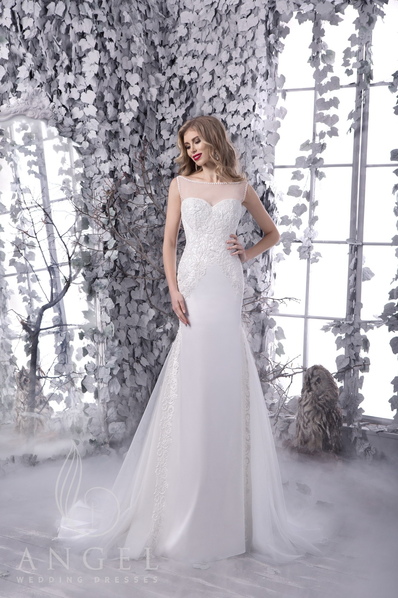 https://angel-novias.com/images/stories/virtuemart/product/BONNI 1.jpg