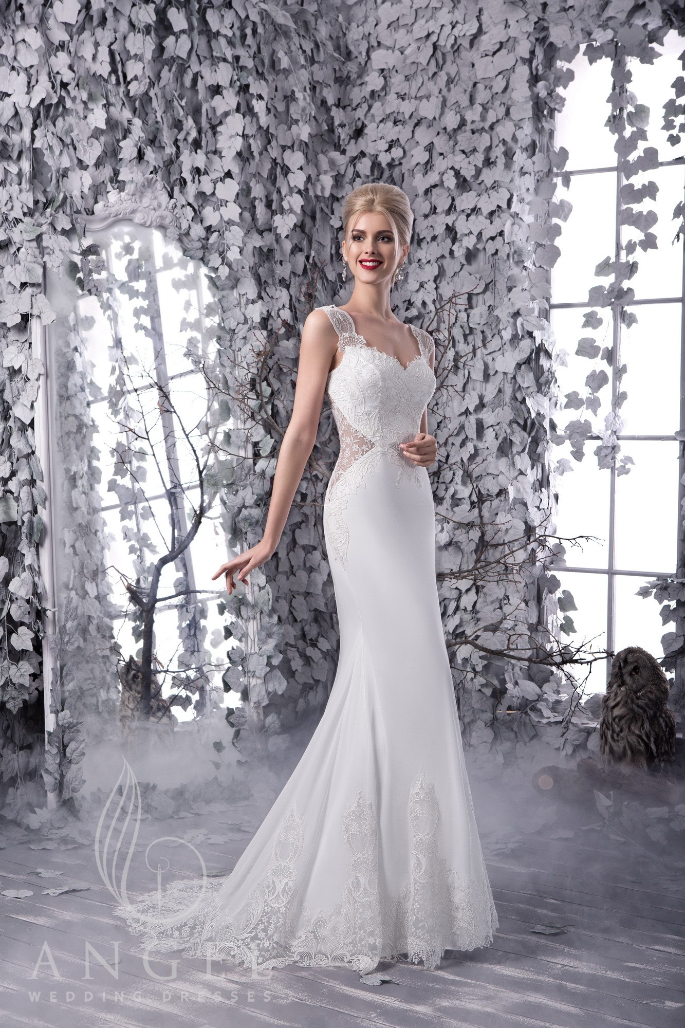 https://angel-novias.com/images/stories/virtuemart/product/Elisa 1.jpg