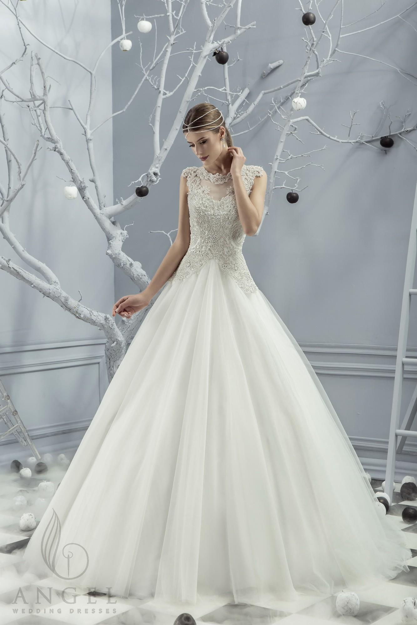https://angel-novias.com/images/stories/virtuemart/product/Lisbeth.jpg