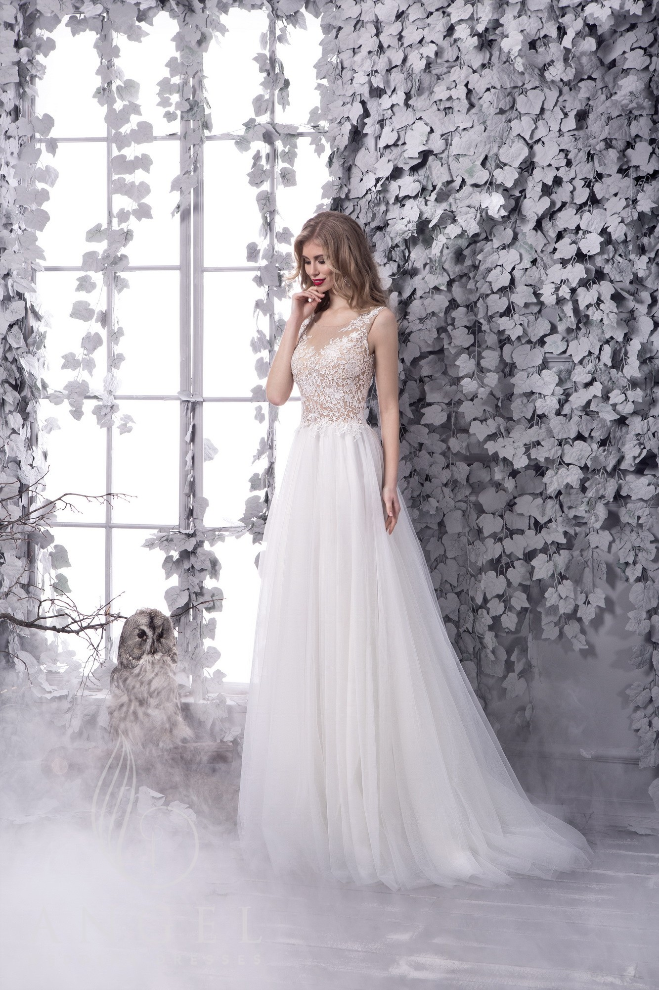 https://angel-novias.com/images/stories/virtuemart/product/PIRRA 1.jpg
