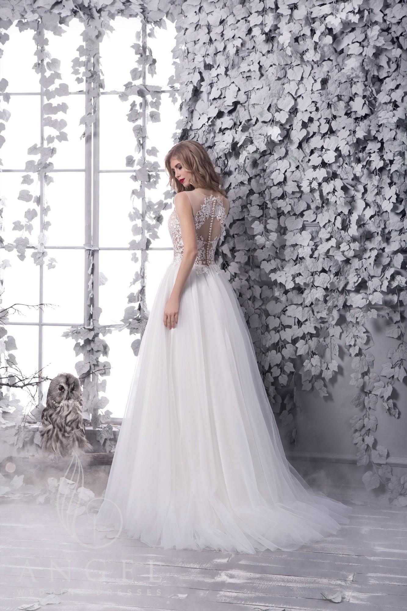 Лучшие платья для свадьбы летом