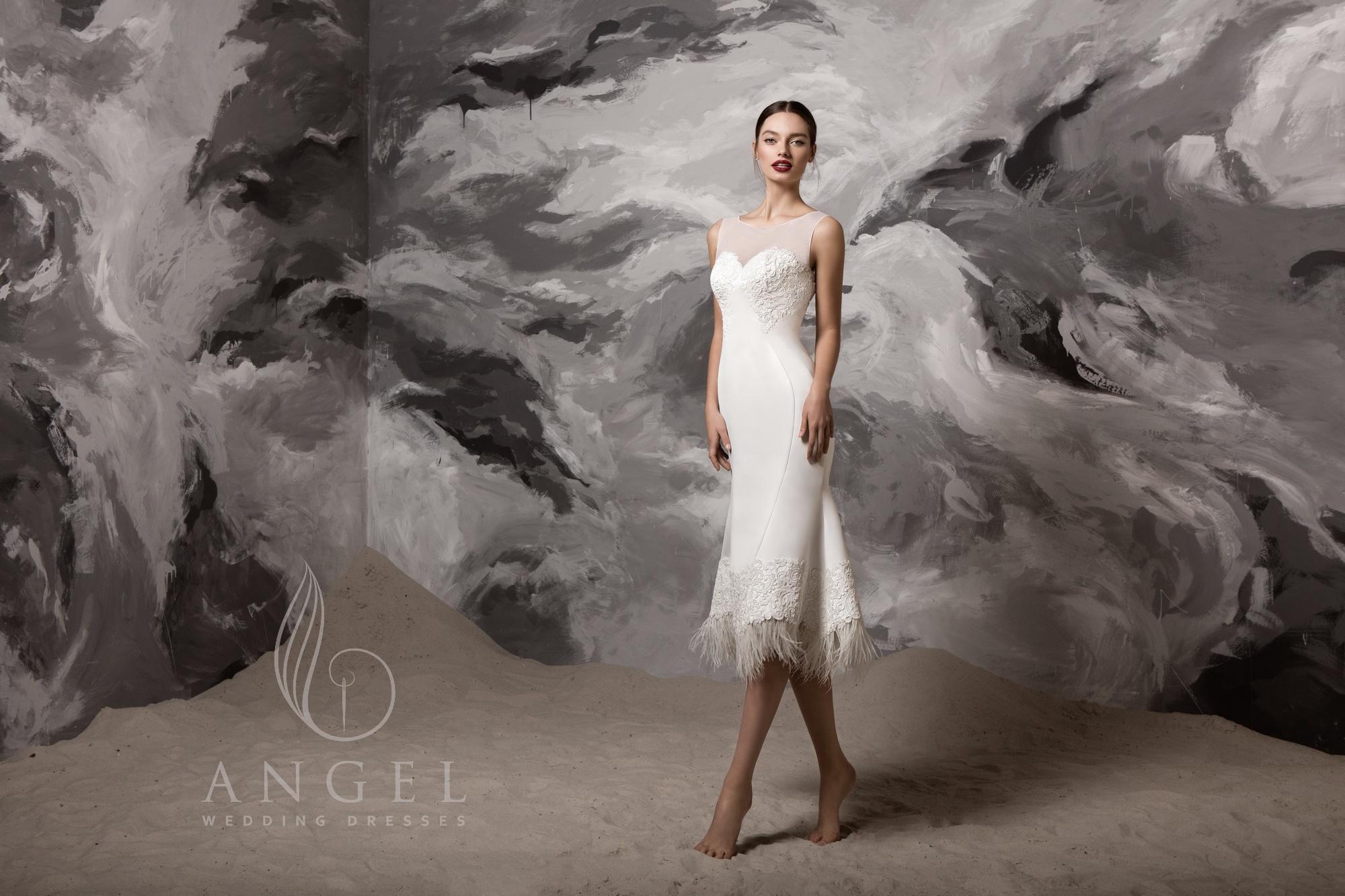 https://angel-novias.com/images/stories/virtuemart/product/Swan.jpg