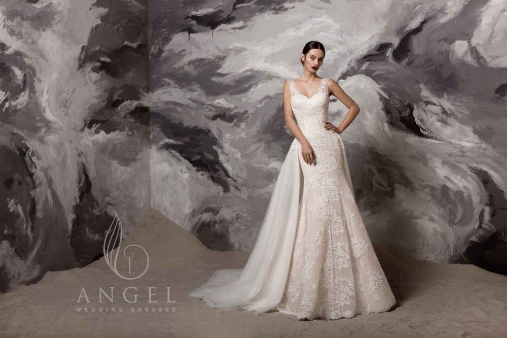 https://angel-novias.com/images/stories/virtuemart/product/Arlen.jpg