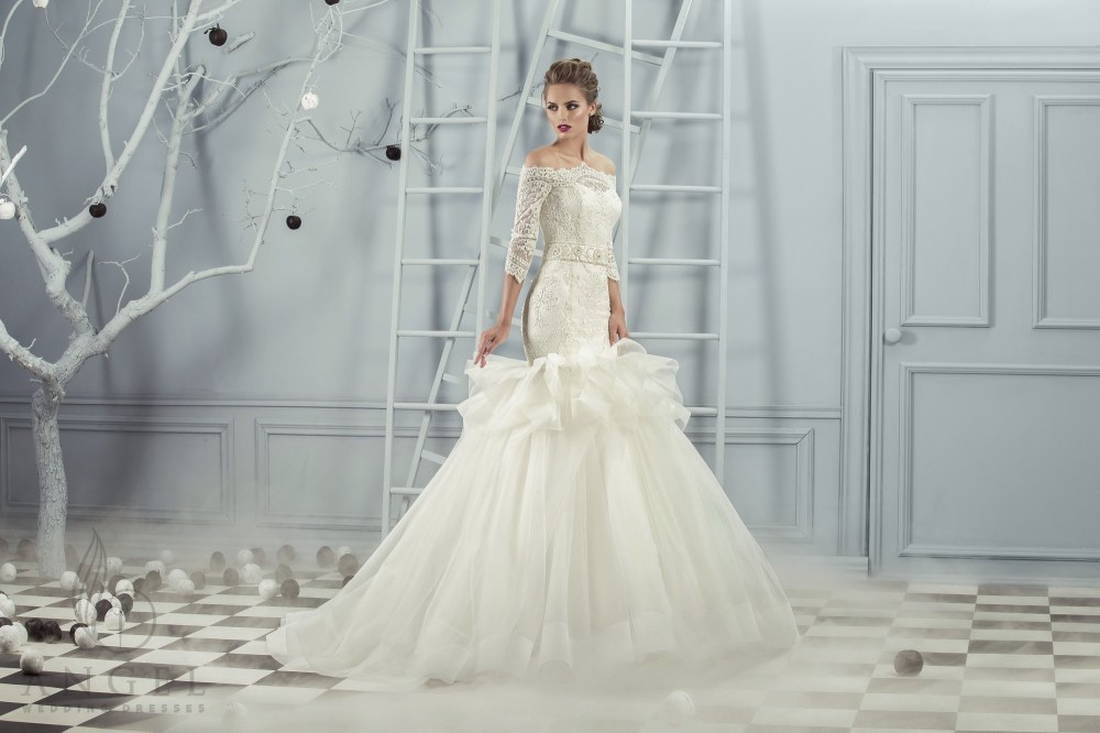 https://angel-novias.com/images/stories/virtuemart/product/Camilla.jpg