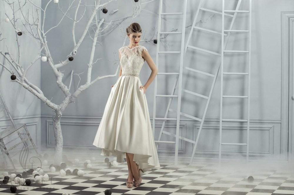 https://angel-novias.com/images/stories/virtuemart/product/Clara.jpg