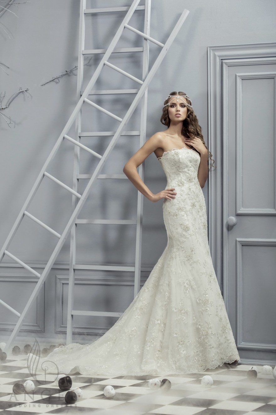 https://angel-novias.com/images/stories/virtuemart/product/Cristiana.jpg