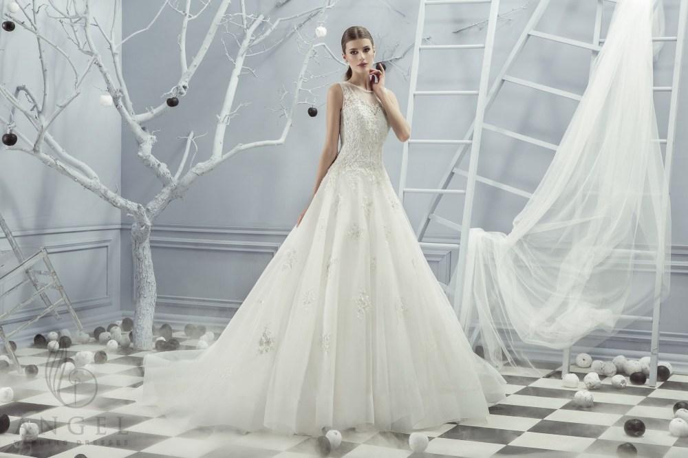 https://angel-novias.com/images/stories/virtuemart/product/Lady.jpg