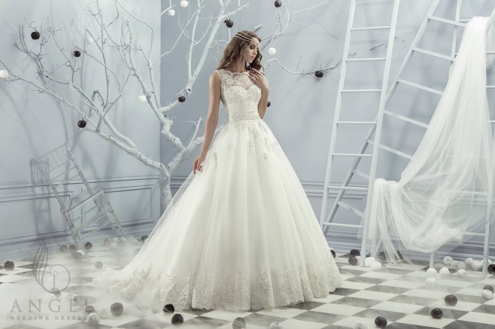 https://angel-novias.com/images/stories/virtuemart/product/Lazzi.jpg