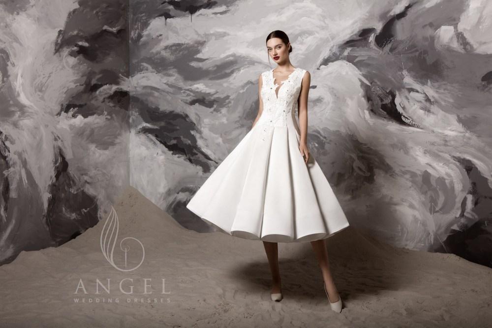 https://angel-novias.com/images/stories/virtuemart/product/Lulu.jpg