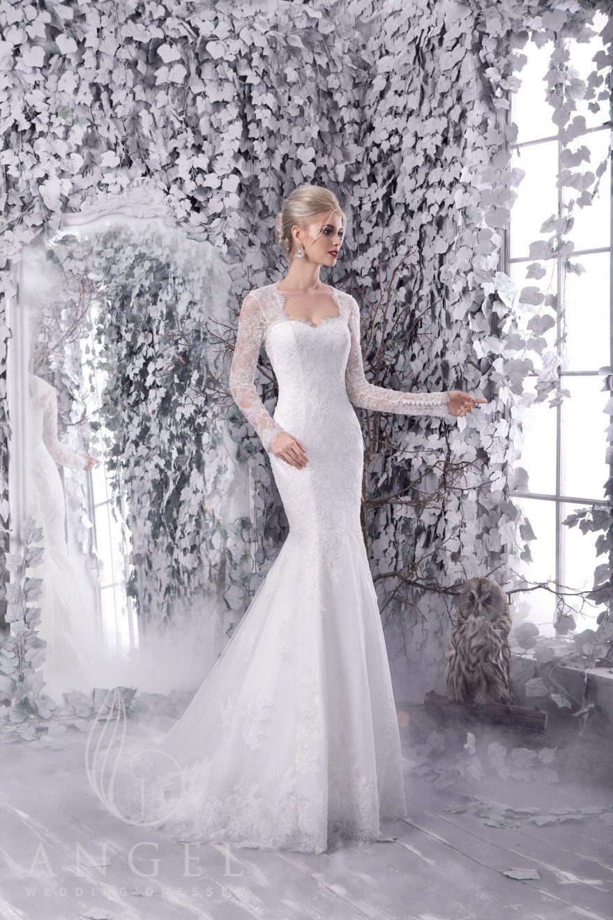 https://angel-novias.com/images/stories/virtuemart/product/NORA 1.jpg
