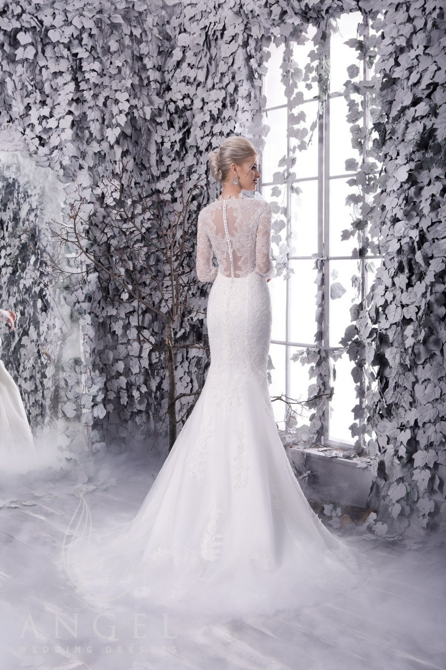 https://angel-novias.com/images/stories/virtuemart/product/NORA 2.jpg