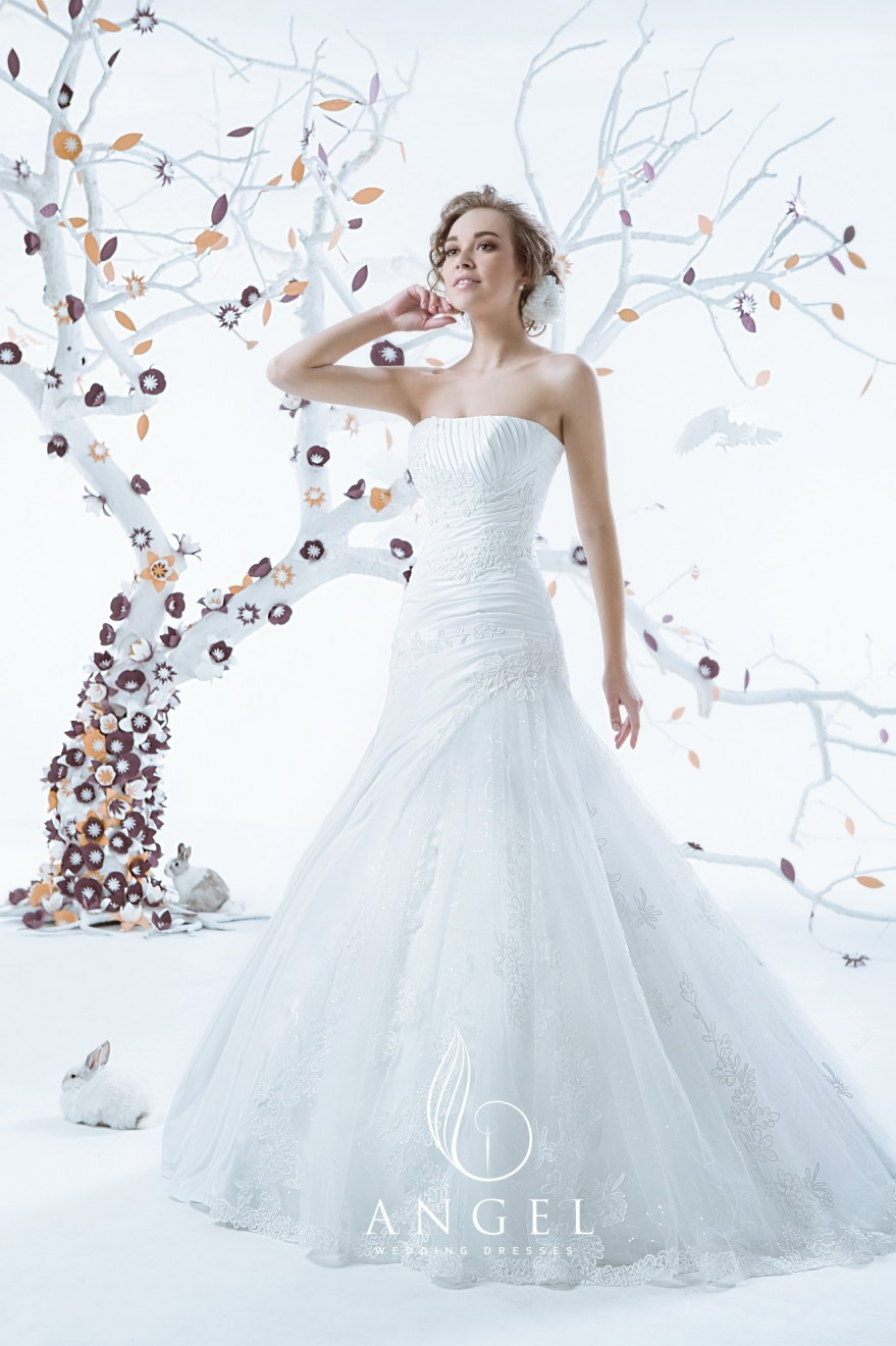 https://angel-novias.com/images/stories/virtuemart/product/Olimpia 190$.jpg