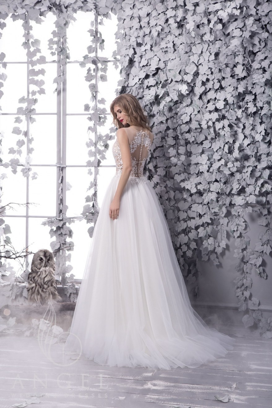 https://angel-novias.com/images/stories/virtuemart/product/PIRRA 2.jpg